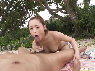 порно ролики на пляже русские