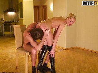 русское домашнее порно в домашней обстановке