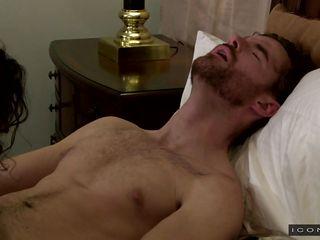 Гей порно ролики ебли геев