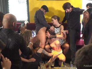 смотреть порно бдсм вечеринки