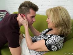 Домашнее порно зрелых мам