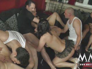 Порно со зрелыми свингерами